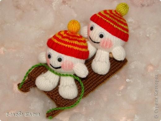 Снеговик и малыши-снежки. фото 3
