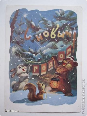 на днях разбирала новогодние открытки и решила поделиться с вами самыми старыми из моих запасов. Начну с двух старинных. Им почти 100 лет. Напечатаны в Германии (специально для России) в начале прошлого века. На почтовых штемпелях 1912 и 1913 г.г.Авторы рисунков не указаны. Эти открытки подарила моей бабушке ее подруга, когда им было по 10 лет, так что в нашей семье они храняться уже более 75-и лет. фото 10