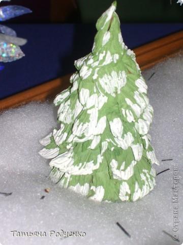 Ёлочка из ладошек. Бумагу покрасили (монотипия). фото 2
