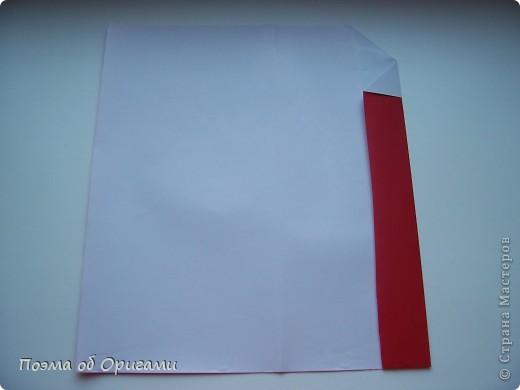 Автор выразительной модели Санты – Сано Сакаи из Японии. Я дополнила эту фигурку сложенной салфеткой и красным носом. В этом случае, персонаж стал чуть больше походить на нашего Деда Мороза. Для модели Деда Мороза и моделей оленей использованы  квадраты одинаковой величины. А вот для коробочек понадобятся квадраты ¼ от такого же размера. фото 6