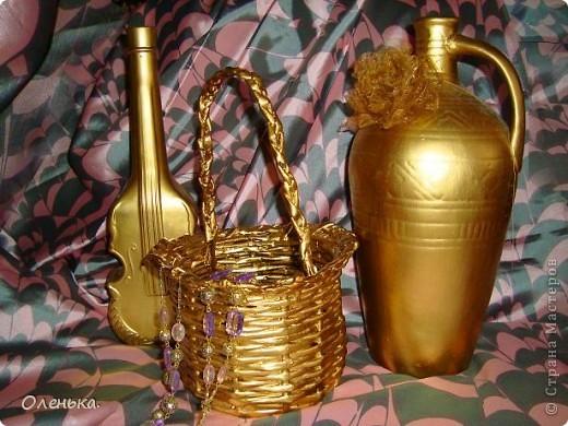Красила золотой краской из балончика. фото 1
