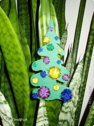 Очень быстрое решение при украшении новогодней ёлочки или интерьера.