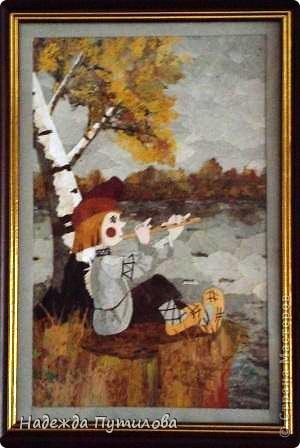 """""""Конек-горбунок"""" работа выполнена из осенних листьев. фото 2"""