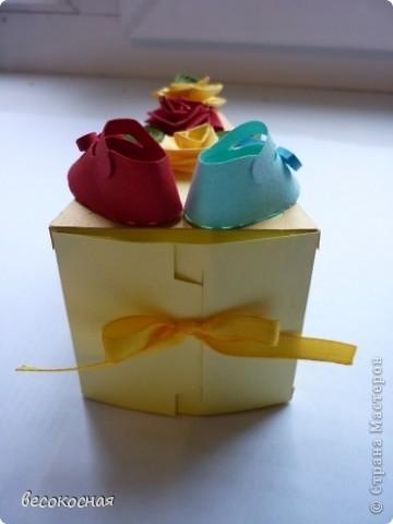 Эта коробочка была подарена на свадьбе, с намеком на скорое пополнение в семействе:) фото 2