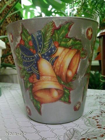 вазочка и бутылка  превратились в новогодние подарки...... фото 4