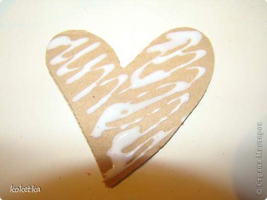 Мои первые две роботы с зернами кофе. Это дерево - сердце и сердце - магнит на холодильник.  фото 10