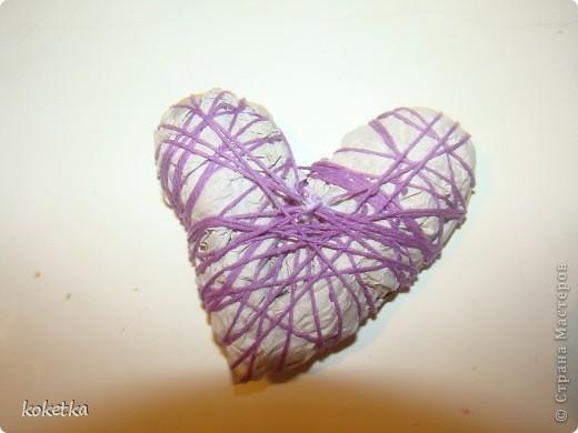 Мои первые две роботы с зернами кофе. Это дерево - сердце и сердце - магнит на холодильник.  фото 11