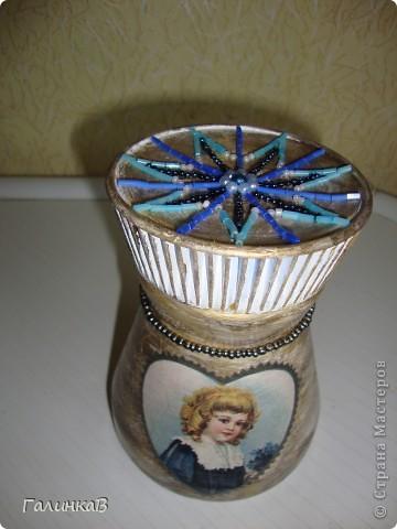 Баночка из-под кофе - покрашена акриловой краской, сделан декупаж фото 2