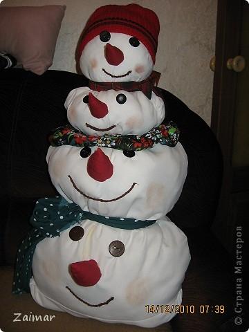Вот такого снеговика слепила в садик сыну. фото 5