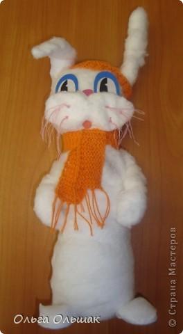 """Дорогие мастерицы!Предлагаю вашему вниманию поделки моих второклашек на районный конкурс """"Новогодний калейдоскоп"""". Первым прискакал зайчик-кролик! фото 1"""