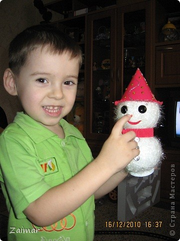 Вот такого снеговика слепила в садик сыну. фото 1