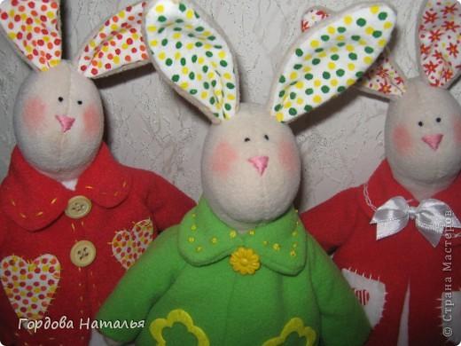 Эти братцы-кролики поехали в Москву и будут кому-то подарками. Надеюсь их будут любить и беречь. фото 2