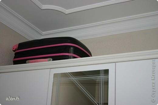 а спрятать мне пришлось...чемоданы! фото 2
