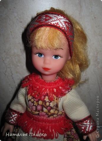"""В детском саду мне дали очередное """"домашнее"""" задание - пошить куклам наряды  с национальной тематикой. Вот что у меня получилось... фото 6"""