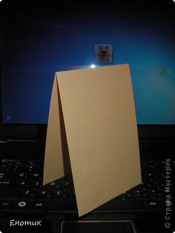 Здравствуйте! Недавно возникла идея очень простых новогодних открыточек. Ничего нового я, конечно, не изобрела: все материалы и техники знакомы даже малышам. Не смотря на свою простоту, выглядят они, по- моему, неплохо. Рискнула выставить. Возможно, кому-нибудь идея пригодится в предпраздничной суете при остром дефиците времени. ))) Перед началом работы непосредственно над открытками у меня был подготовительный этап: по <b>МК Голубки</b> (http://stranamasterov.ru/node/41463) приготовила разноцветную бумагу. фото 3
