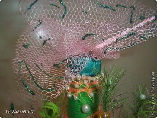 Бутылочка с применением ниток для вязания. фото 7