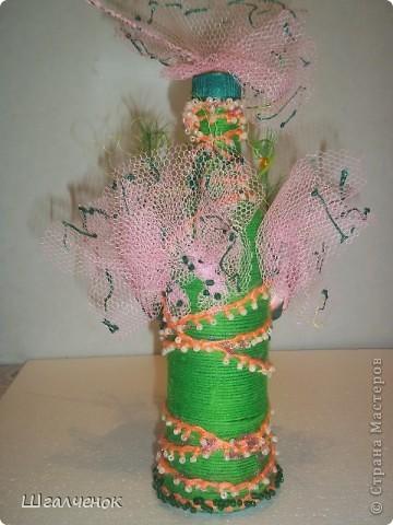 Бутылочка с применением ниток для вязания. фото 2
