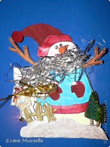 """Прочитали с детьми книгу """"Школа снеговиков"""". Вызвало прочтение книги море положительных, добрых, радостных эмоций не только у детей. Решили """"оживить"""" наших СНЕГОВИЧКОВ и СНЕГОВИЧЕК (это девочки-снеговички). фото 2"""