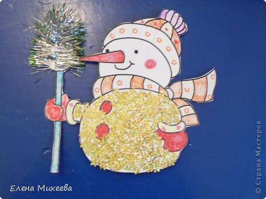 """Прочитали с детьми книгу """"Школа снеговиков"""". Вызвало прочтение книги море положительных, добрых, радостных эмоций не только у детей. Решили """"оживить"""" наших СНЕГОВИЧКОВ и СНЕГОВИЧЕК (это девочки-снеговички). фото 4"""