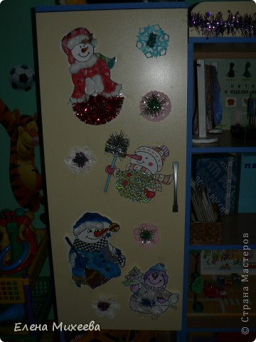 """Прочитали с детьми книгу """"Школа снеговиков"""". Вызвало прочтение книги море положительных, добрых, радостных эмоций не только у детей. Решили """"оживить"""" наших СНЕГОВИЧКОВ и СНЕГОВИЧЕК (это девочки-снеговички). фото 10"""