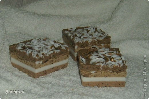 Вот наварила мыльных пироженок разных...
