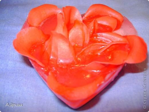 """Мыло """"Роза в сердце"""" красная фото 1"""
