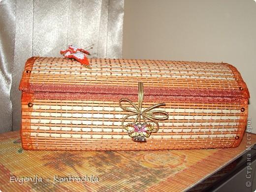 Шкатулка из соломенной салфетки.  фото 1