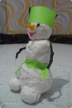 снеговичка сделали на школьный конкурс. фото 2