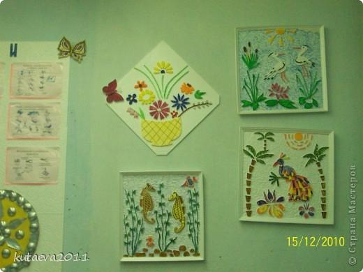 Работа выполнена из пенопласта. раскрашена гуашью и медовыми красками фото 3