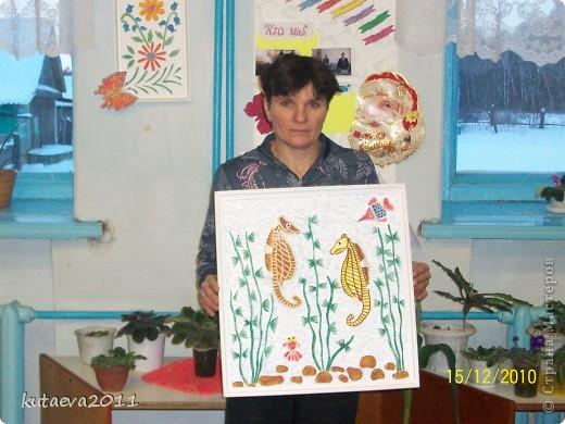 Работа выполнена из пенопласта. раскрашена гуашью и медовыми красками фото 1