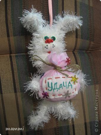 Вот нвязала подарочных зайчат фото 5