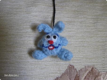 Вот нвязала подарочных зайчат фото 4