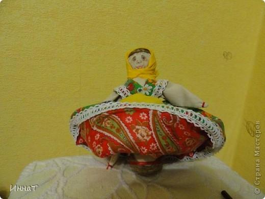 Вот, на конкурс куклы сделала народную куклу перевёртыш девка- баба, но т.к. кукла должна быть сказочным песонажем,то я назвала её Внучка- Бабка. фото 3