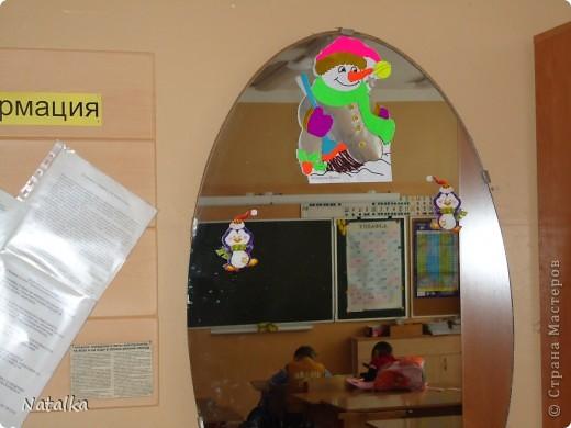"""Детишки, с помощью родителей, """"наряжали"""" снеговиков и их подружек. Снеговиками украсили весь наш класс. фото 6"""