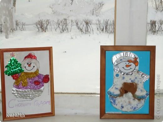 """Детишки, с помощью родителей, """"наряжали"""" снеговиков и их подружек. Снеговиками украсили весь наш класс. фото 7"""