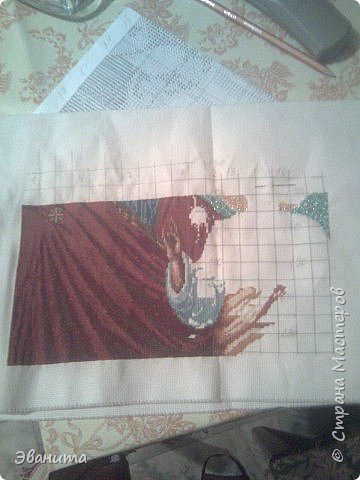 Икона Казанской Божьей Матери. Только сейчас выкладываю готовый вариант в рамке,хотя она несколько лет как подарена родителям. фото 3