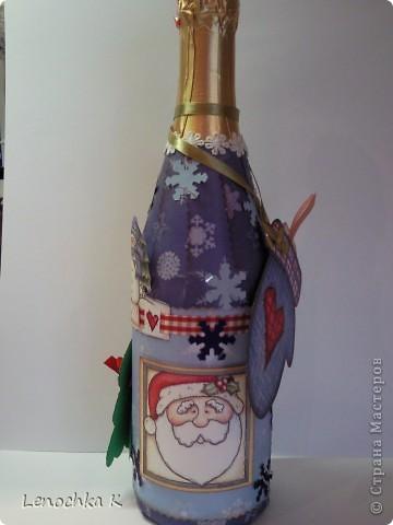 В стиле декупаж я уже наделала бутылок, но захотелось попробовать заскрапить ... фото 4