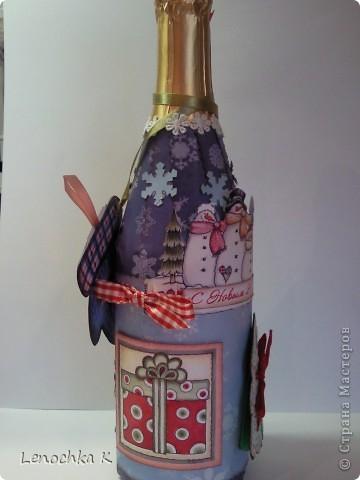 В стиле декупаж я уже наделала бутылок, но захотелось попробовать заскрапить ... фото 5