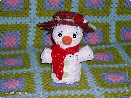 Рождественский венок. Украшен лентами, пайетками, фигурками из соленого теста. фото 6