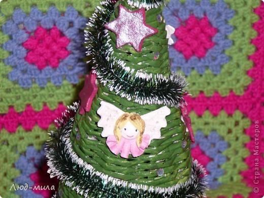 Рождественский венок. Украшен лентами, пайетками, фигурками из соленого теста. фото 5