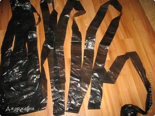 Предлагаю свой способ нарезки пакетов для мусора, с целью их дальнейшего использования в вязании. фото 4