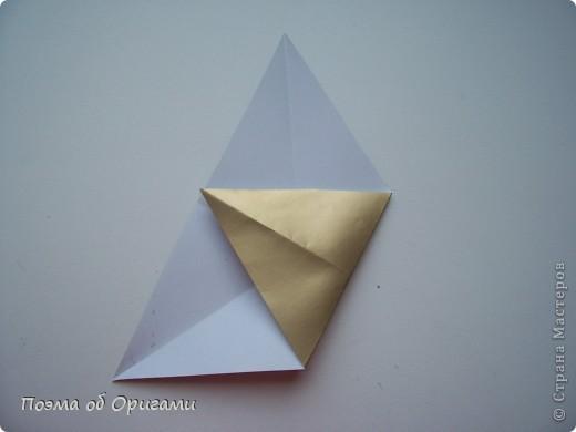 Эту модель я придумала сама специально для наших занятий с детьми накануне Светлого праздника. Несмотря на, возможно, кажущуюся сложность, вся работа состоит из очень известных и простых элементов. Для работы потребуется: - для фигурки ангела  три белых листа обычной офисной бумаги формата А4(из них будем делать квадраты); -  для модели дома два квадрата 20х20 коричневой хозяйственной или пергаментной бумаги.  Знаю, что такую, часто используют на почте. Я ее покупала в строительном супермаркете; - для «звезды Давида» два квадрата 10х10 золотистой бумаги для упаковки подарков и деревянная шпажка, окрашенная в белый цвет. Можно попробовать сделать звезду объемнее. МК здесь: http://stranamasterov.ru/node/4876; - стеклянный прозрачный, довольно закрытый подсвечник (может подойти небольшой стакан) и свеча.    фото 62