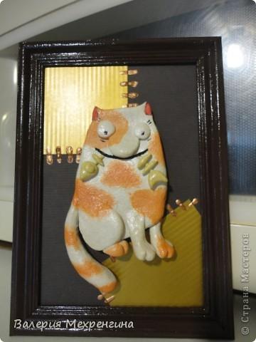 Кот с рыбкой фото 1