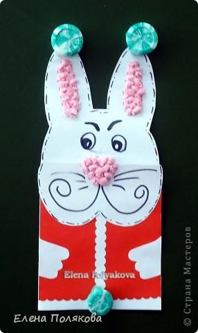 Еще одна наша новогодняя открытка, на этот раз с символом наступающего года - белым кроликом. Мой образец. Для оформления ушек и носа скатывали из салфеток бумажные комочки. фото 1