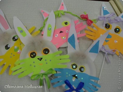 Эти маски из бумажных одноразовых тарелочек изготовили дети 5-6 лет. фото 6