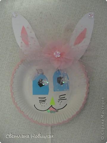 Эти маски из бумажных одноразовых тарелочек изготовили дети 5-6 лет. фото 7