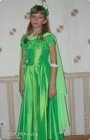 """""""Лесная нимфа"""" -  костюм внучки Оли. Она учится в 5 классе. Ободок и браслет украсила канзашками.  фото 2"""
