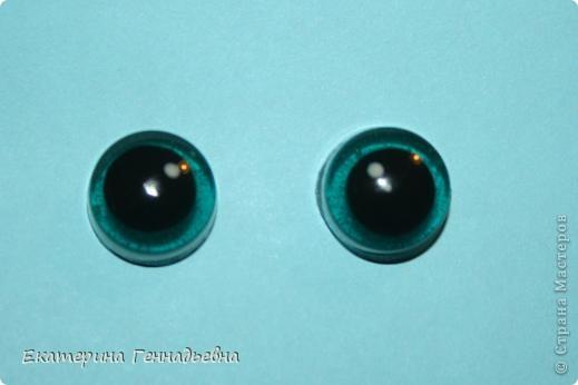 Хочу предложить вашему вниманию мастер-класс по изготовлению стеклянных глазок для игрушек. Например, вот для такой зайки. Начнём! фото 8
