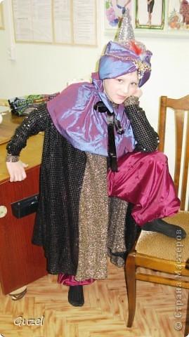 Наряд своими руками для новогоднего бала, а потом и на выпускной. Моя  воспитанница использовала комп. прогр. при создании модели фото 2