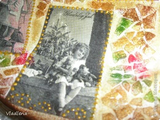Декоративная тарелка на подставке, прямой декупаж, скорлупки, контуры. фото 2